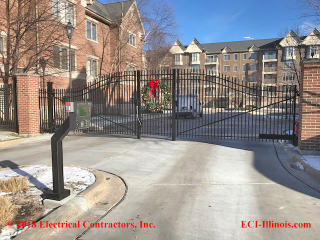 Village Green Residential Gated Community in Lincolnshire, IL
